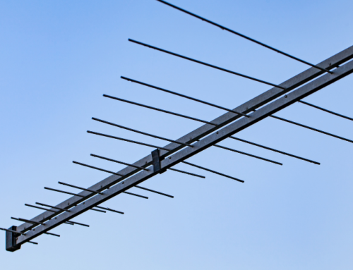 Why You Shouldn't DIY An Antenna Repair